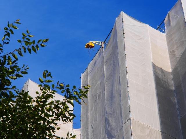 外壁塗装は築何年目に実施するべきか