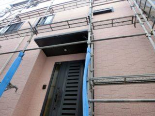 外壁塗装に足場はなぜ必要?足場の重要性と費用相場